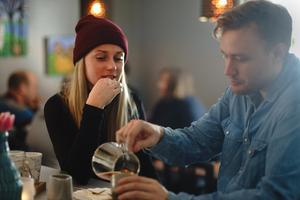 """Foto: Lina Johansson""""Kaffe är en produkt som hela tiden förändras. Det gör att man måste vara beredd att ändra arbetssätt hela tiden. Bara för att det smakade bra igår betyder det inte att man kan göra likadant idag och förvänta sig samma resultat"""", säger Per."""