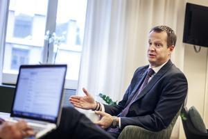 Trots sin graverande roll i Transportstyrelseläckan blev Anders Ygeman (S) Sveriges digitaliseringsminister i slutet av januari.