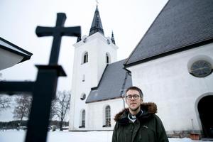 14 januari kommer bland annat biskopen Mikael Mogren till Svärdsjö kyrka för att närvara när Kalle Bengtz tas emot som ny kyrkoherde.