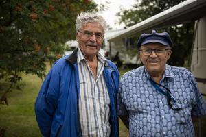 Torsten Lund från Helgeland och Tore Norman från Norrbotten – två vänner som möts varje sommar på Rafnastämman i Ramsele.