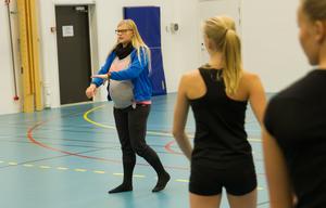 Malin Ekroos har tillsammans med Jennica Fröjd skapat den koreografi som Hudiksvallsgymnasterna kommer att visa upp i Dornbirn.