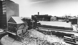 Rivning av kvarteret Lorens 1985. Foto: Lasse Höglund/VLT:s arkiv