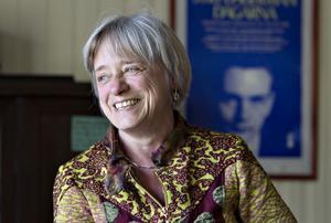 Teaterkraft. Judit Benedek är initiativtagare till projektet SOS-romer.