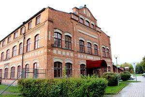 Tapetfabriken startade 1930 av Lennart Norström med satsning på kvalitet och formgivning. Redan på 60-talet började Duro prata om miljöfrågor.