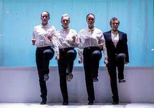 Verena Pircher, Rebecca Lång, Rakel Holm och Leonora Ekström i Lisa Tegels koreografi