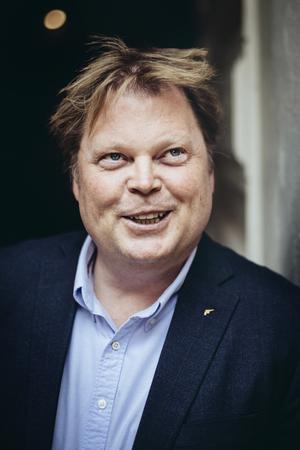 Jørn Lier Horst är en av Norges mest framgångsrika deckarförfattare. Nu blir hans kriminalromaner en tv-serie. Foto: Erik Simander / TT