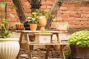 Jordnära färger och naturliga material hör hemma i stilen Mother Nature.Foto: Adobe Stock
