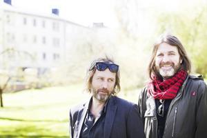 Håkan Axlander Sundquist och Jerker Eriksson utgör författarduon Erik Axl Sund.