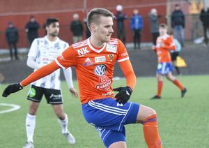 Jens Olsson och hans Bollnäs fortsätter att imponera i division 3.