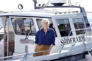 När Söderarmslinjen startade kördes turerna endast med en båt. Nu är det två båtar som för ut passagerna till havsbandet   – Söderarm som rymmer tolv passagerare, och Gladan som rymmer 36 passagerare . Foto: Anders Sjöberg