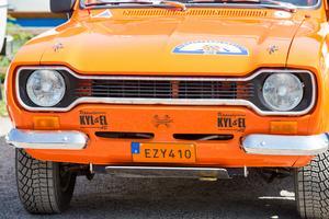 En klassisk Ford Escort-front.