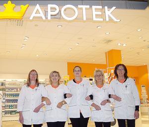 Kronan har fem fast anställda. Här återfinns från vänster Ulrika Allansson, Patrick Edlund, Jennie Tjärnlund, Helen Wikström samt Ingrid Hansson.