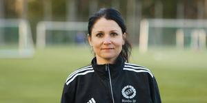 Rimbos sportchef Sarah Lindberg är positiv inför omstarten av Division 1-fotbollen. Foto: Anders Sjöberg