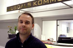Att museet försöker tvinga kommunen att komma till undsättning är fel, anser biträdande kommunchef Mikael Björk.