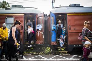 Ångloket med tåg var ett trevligt inslag under stadsfesten.