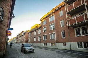 Här har det gått 47 år sedan husen vid Storgatan 57 eldhärjades 1971. Bilden är tagen 6 december 2018.