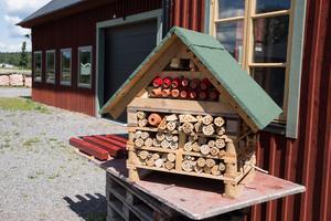 Insektshotell som dessa, kommer dyka upp hos Saltå Kvarn