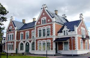 Vansbro stationshus vann DTs tävling dalarnas vackraste hus 2016. Nu går det att rösta på huset igen i Arkitekturupprorets tävling.