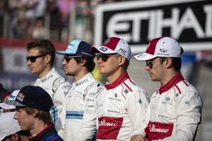 Marcus Ericsson rankades som sämst av förarna i Abu Dhabis GP av brittiska tv-bolaget Sky sports. Foto: Sauber motorsport