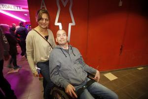 Anna Andersson och Paul Moen reste från Uppsala för att se Lars Winnerbäck i Sandviken.