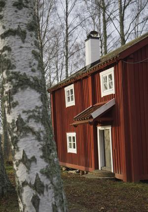 Hembygdsföreningens byggnader, som Västerbygstugan, finns i Prästgårdsparken i Sorunda.