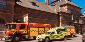 Räddningstjänst och ambulans larmades till tågstationen i Krylbo.