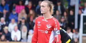 Målsprutan och trotjänaren i Anundsjö IF, Joel Åman, får en ny roll i klubben – som spelande tränare.