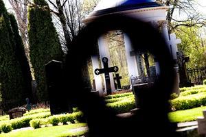 En tjuv på Skutskärs kyrkogård blev iakttagen. Bilden är tagen i ett annat sammanhang. Foto: Jenny Lundberg/arkiv