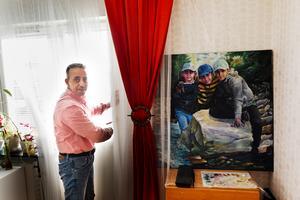 Ett pågående projekt hemma är ett porträtt av Osama Zamzam och Raya Alsawaf barn.