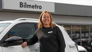 Mikaela Sköld berättar om Bilmetros satsning och deras ambition att alltid ligga i framkant när det gäller både ny teknik och bilar.