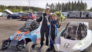 Robin och Emma Tietjens fick en lyckad start på årets crosskartsäsong. Foto: Privat