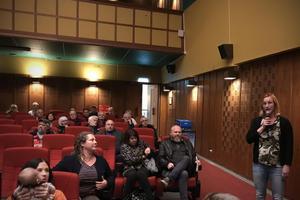 Den 22 oktober var det ett möte om att agera mot otryggheten i Fagersta på Folkets hus, där medverkade Annika Hedberg Roth från Fagersta kommun.