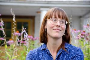 Ida Rosén branzell är illustratör och konstnär i Fellingsbro.