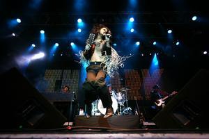 """2007 blev året då The Ark släppte sin fjärde skiva, """"Prayer for the Weekend"""", vilken i likhet med sina tre föregångare rusade rakt upp i topp på den svenska albumlistan."""