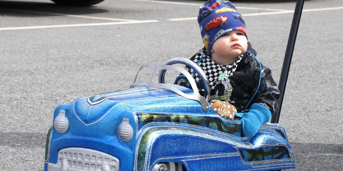 1f752496062 BILDSPECIAL: Huugo, 9 månader, tog egen amerikanare till Örebro Springmeet  på Truckstop