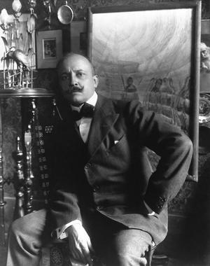 Den italienske poeten Filippo Tommaso Marinetti grundade den futuristiska rörelsen. Foto: Okänd
