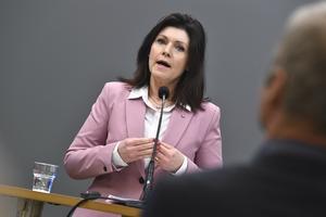 Arbetsmarknadsminister Eva Nordmark (S) håller en pressträff för att kommentera läget på arbetsmarknaden. Foto: Claudio Bresciani