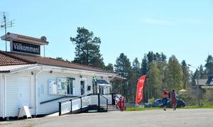 Campingen i Fläsian är välbesökt. Nu sätter sommarsäsongen i gång på allvar, i ny regi.