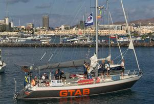 Nynäshamnsbåten Aloha Sailing fotograferades av Lena Englundh i hamnen i Las Palmas strax före avfärden mot Karibien. Foto: Lena Englundh