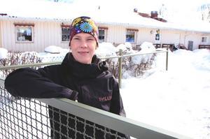 I nio år har Hanna Grundahl Perols arbetat som förskollärare på Glashyttan. Den öppnade som tillfälliga lokaler under baby-boom-åren runt 1990 och är fortfarande förskola.