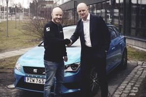 Daniel Haglöf, VD på PWR Racing Team& Per Brinkenberg, Märkeschef på SEAT Sverige.