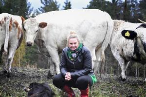 """Stina Dahlquist tror på en fin fortsättning för reko-ring i Ragunda. """" Det finns otroliga styrkor här i kommunen. Genom att samlas i reko-ringen upplever man också som småskalig matproducent att man har kollegor, då det kan vara ett ganska ensamt arbete annars. Det bildas en gemenskap mellan producenterna"""", säger hon."""