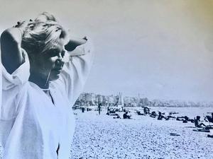 En av bilderna från Emma Hambergs språkresa, som startade projektet och manuset till Sommaren -85.