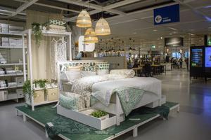 Milda toner och naturmaterial är vårens mode på Ikea.