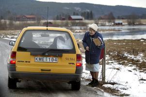 Lantbrevbärare i Bollnäs, 2002. Foto Ulf Palm / SCANPIX