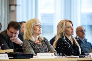 Närmast i bild: Birgitta Häggkvist (Vi) som är Kommunstyrelsens vice ordförande