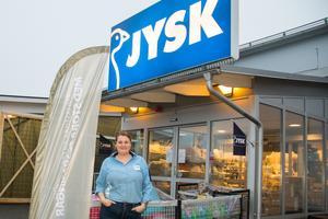 Frida Jansson är tf butikschef på Jysk i Sala och projektledare för om- och tillbyggnaden. I vanliga fall jobbar hon på Jysk i Fagersta.