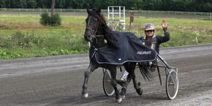 Mikael Halvarsson från Östersund med hästen Järvsö Jansing.