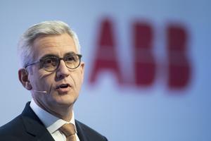Ulrich Spiesshofer avgår som vd för ABB.