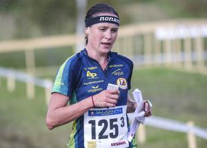 Irina Nyberg sprang in som åtta i den tuffa konkurrensen på slutsträckan.